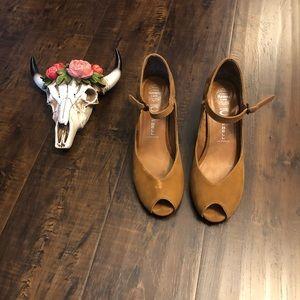 Jeffrey Campbell | wedge heels